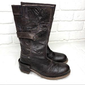 Caterpillar women's leather rugged boots size 7.5